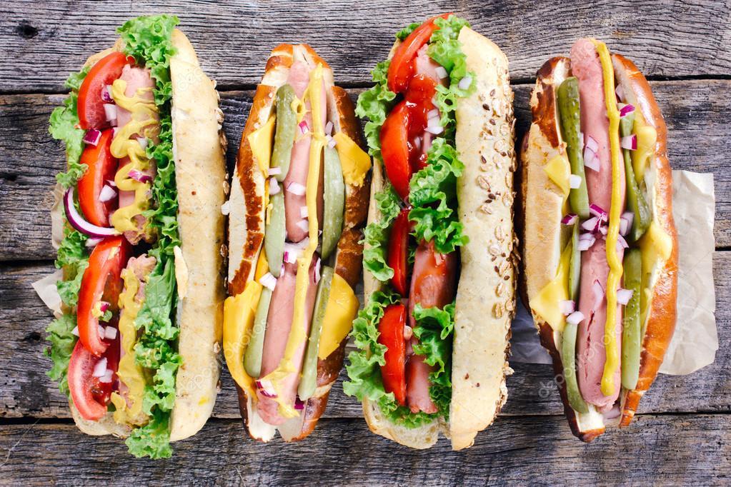 Hot Dog (2021)